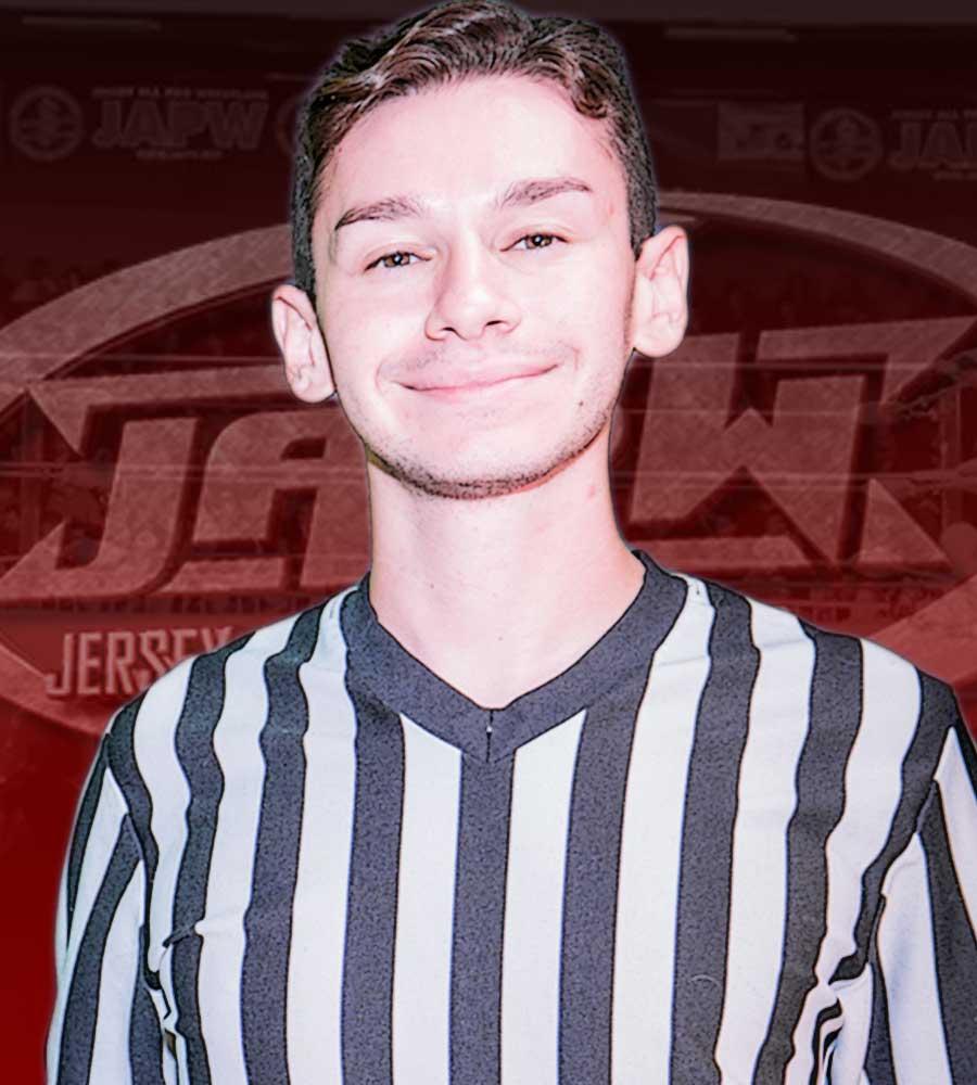 Referee Kris Levin